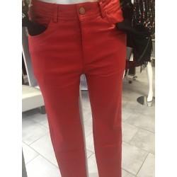 Pantalon simili rouge